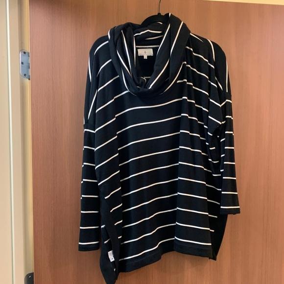 LOFT Tops - Lou & grey split hem cowl neck sweatshirt